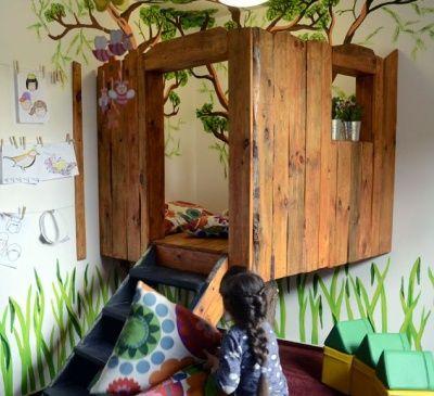 Pokój zabaw dla dzieci - domek na drzewie