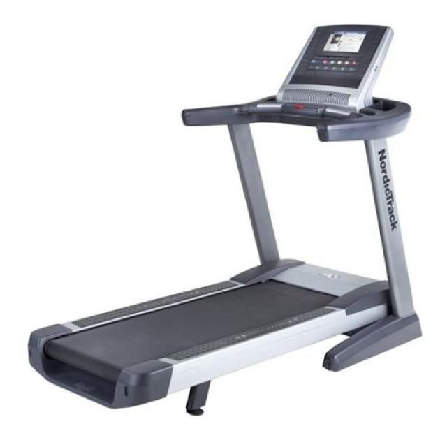 8 Great Folding Treadmills for Small Spaces: Reebok 1910 Treadmill