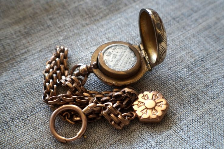 Монетница старинная. Конец 19 века Европа.