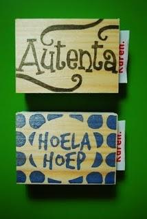 #stamp #stempel #zelfgemaakt #handcarvedstamp #handgesnedenstempel #logo #logostamp #logostempel #hoelahoep #autenta