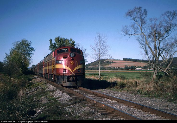RailPictures.Net Photo: NYSW 2402 New York, Susquehanna & Western (NYS&W) EMD E9(A) at Preble, New York by Aaron Keller