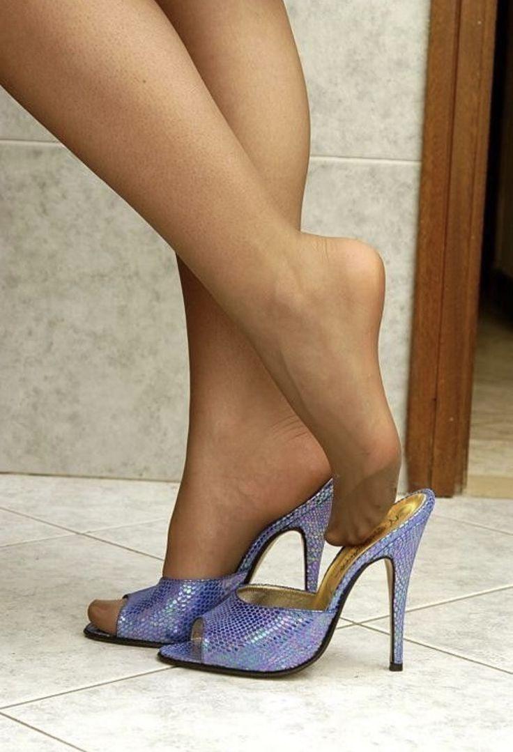 588 najboljših slik najlonskih stopal na Pinterestu-9621