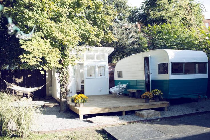 60's Camper and Backyard Bathhouse in Nashville - Get $25 credit with Airbnb if you sign up with this link http://www.airbnb.com/c/groberts22