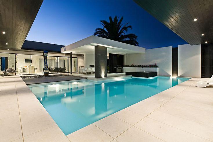 Goldfish pools Kooyong Rd Elsternwick Swimming Pool, tile inspiration
