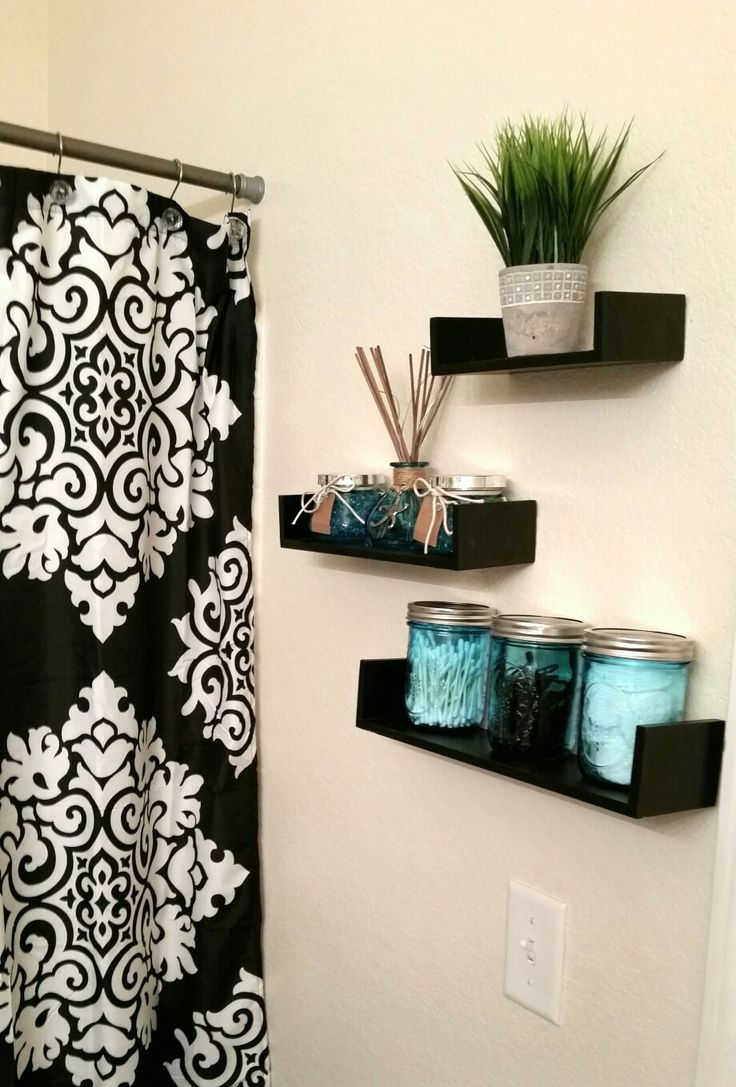 Apartment bathroom decorating ideas blue - My Daughter S College Apartment Bathroom Shelf Wall Donebyk