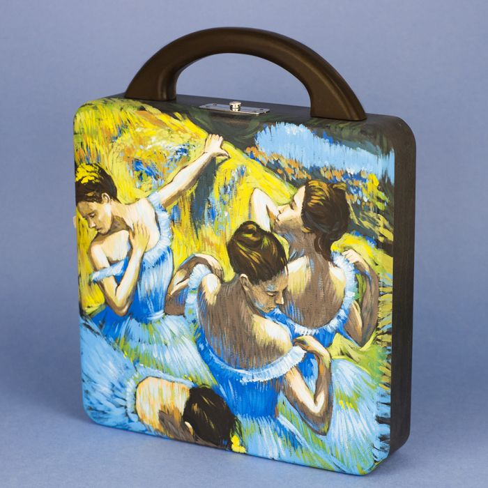 "Inspiration by french artist Edgar Degas ""Blue Dancers"". Bag ""Dancers"" is made of natural wood beech. Hand-painted with acrylics and polished. Interior of the bag made of cotton lining with 1 open compartment and 2 pockets. The top handle made of wood. Metallic silver-tone clasp fastening. Size of the bag - 25/25/7 cm. Shipping: 5 - 25 working days. World-wide courier delivery for free."