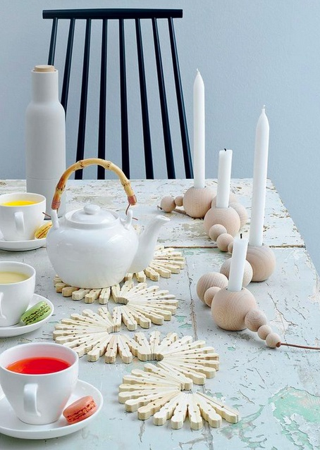 """I do like those reverse peg hot plate curves, they make a very different table eye catcher. The candle holder are not my cup of tea but stillhave a cool """"retro"""" touch to them. Both shouldn't be to hard to make either ;)"""