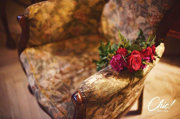 Розы  и папоротник. Очень изысканное сочетание. ✨ Шикарный венок от Chic!wedding   #chicwed #chicwedding #цветыспб #доставкацветов #радость #зимаспб #зимнийдекор #счастье #питер #спб #елка #любовь #букет #новогоднеенастроение #новыйгод #новыйгод2016 #сезон2016 #рождество #зимниеканикулы #новогоднийдекор #венок #украшениеизцветов #цветы #шик #tochilochka #tochilochkaphoto