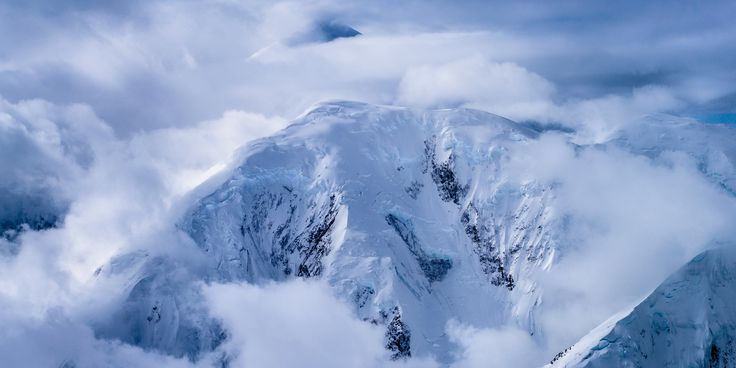 Mount Crosson (3,765m) and Mount Foraker (5,304m) by Tom Stoncel on 500px
