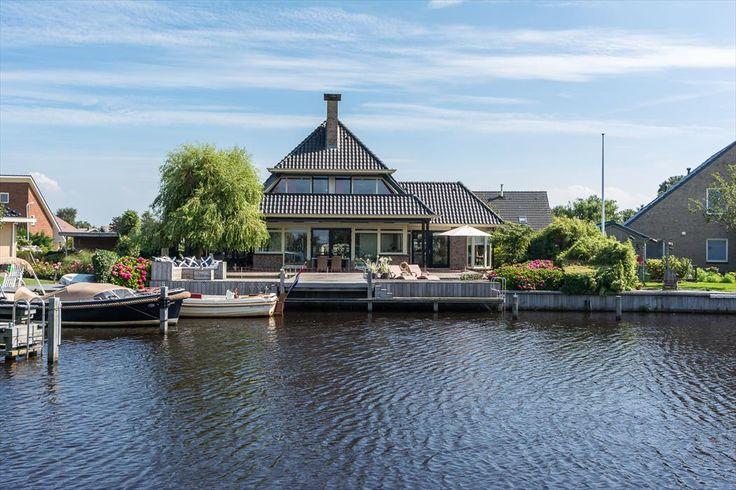 Imponerende, vrijstaande villa   In het hart van het Friese merengebied   Joop Schweitzerstrjitte 33, ELAHUIZEN