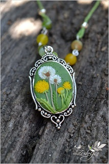 Dandelion necklace from polymer clay by Zubiju