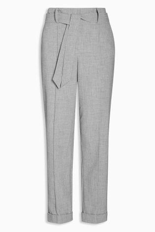 Cumpără Pantaloni gri conici cu talie înaltă și curea azi online la Next: România