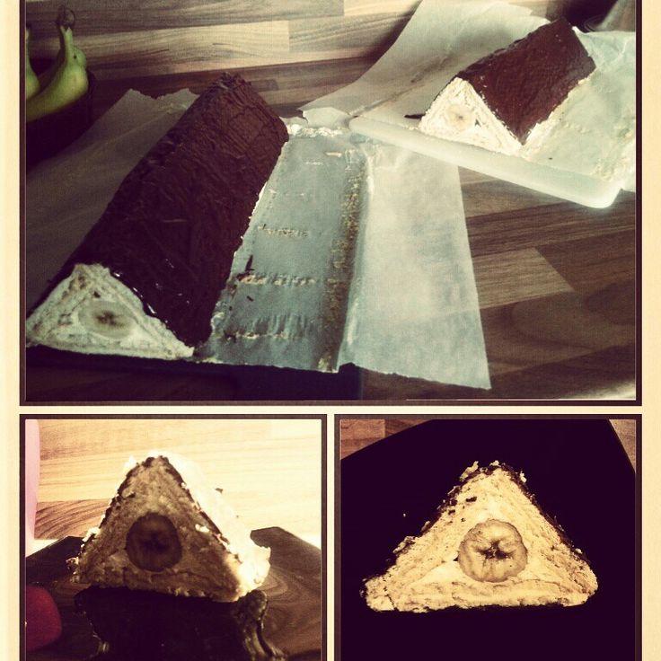 12/100cakes challenge: Nepečený dort - banánová střecha z Lidl sušenek Bebe