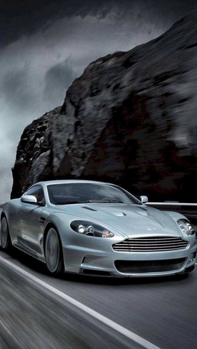 Aston Martin DBS Coupe,