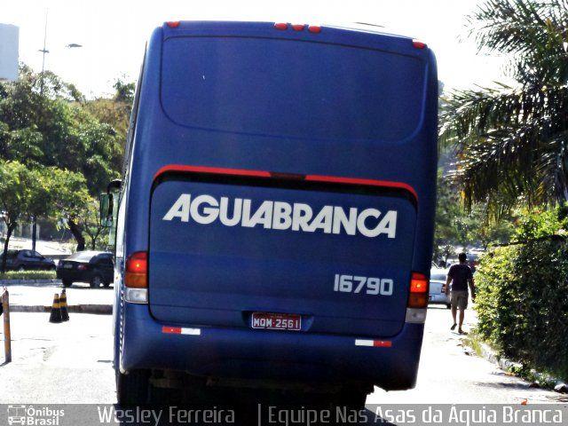 Ônibus da empresa Viação Águia Branca, carro 16790, carroceria Marcopolo Viaggio G6 1050, chassi Mercedes-Benz O-500RS. Foto na cidade de Salvador-BA por Wesley Ferreira    | Equipe Nas , publicada em 24/01/2012 11:31:57.