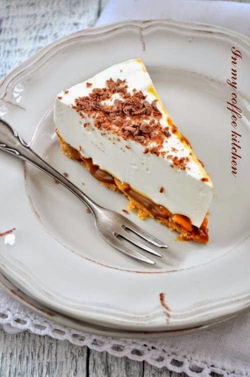 Ostatnio na blogu same słodkości i dzisiaj też   słodko:) Serniczek -chociaż moje dziecko   stwierdziło, że w smaku bardziej przypomi...