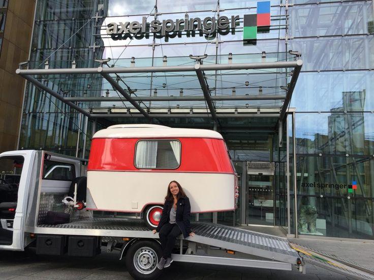 "Angekommen: ""Pucki"" & Heike in Berlin bei Axel-Springer-Verlag"