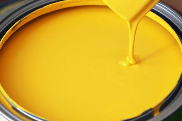 O amarelo brilhante puro é o mais irritante de todos, devido à sua excessiva estimulação visual;