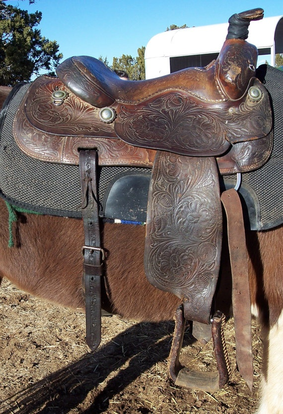 William N Porter Leather Roping Saddle 1950 S