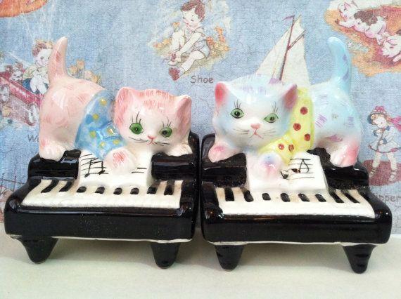 Vintage antieke Kittens katten op piano zout en peper Shakers Lefton Collectibles of Pianist taart Toppers