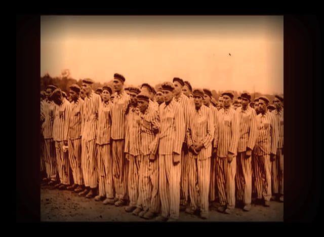 Kamp Vught was een van de drie Duitse concentratiekampen in Nederland tijdens de Tweede Wereldoorlog. Het heeft ruim twee jaar als concentratiekamp gefunctioneerd. Vanuit Vught werden 15.000 Joden gedeporteerd, van wie bijna niemand de oorlog overleefde.  Foto's:  Archief Kamp Vught Miranda Ruiter  Found Footage: Andere Tijden: Alle Kinderen Op Transport