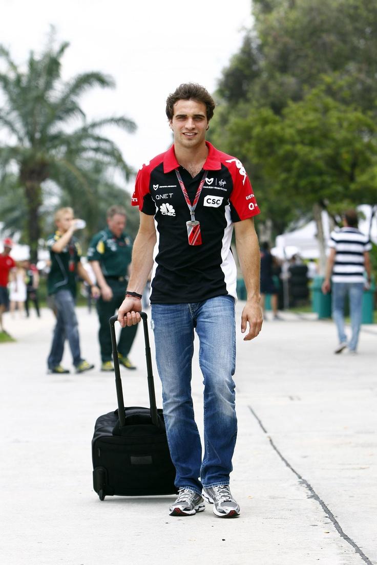 Antler, equipando a los pilotos del Marussia Virgin Racing Team de F1