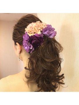 【2016年冬トレンド】花嫁生花ポニーテール/Bridal CARNET【ブライダル カルネ】のヘアスタイル