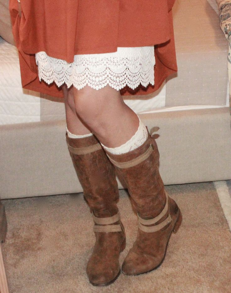 I am a Carly addict....an pretty much a boot addict, put them together and it is MAGICAL! I've paired my pumpkin Carly with a cream skirt extender and UGG equestrian boots....and Poppy Clips!