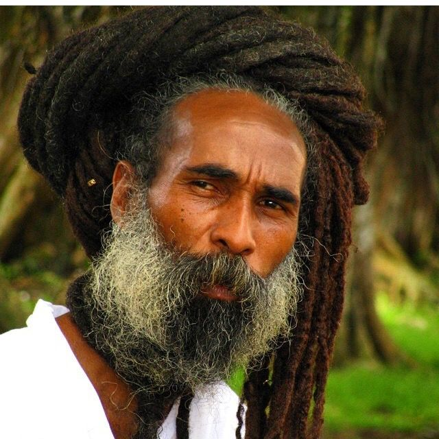 @afrolatinostv || via: loclivin || men with locs. long locs. rasta. beautiful locs.