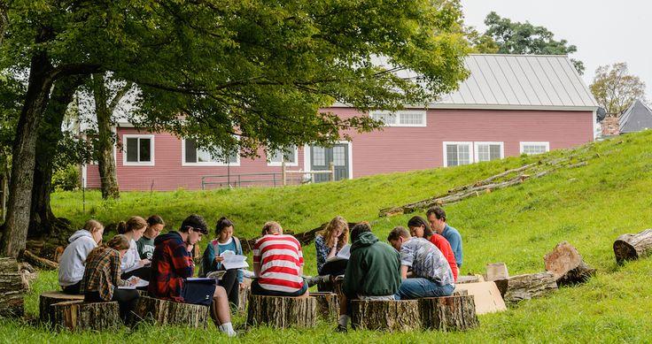 The Mountain School #education #future . Aulas Outdoor, de Agricultura, pensamento coletivo e muito mais http://www.hypeness.com.br/2017/02/conheca-a-the-mountain-school-onde-os-alunos-aprendem-ao-ar-livre-em-contato-com-a-natureza/