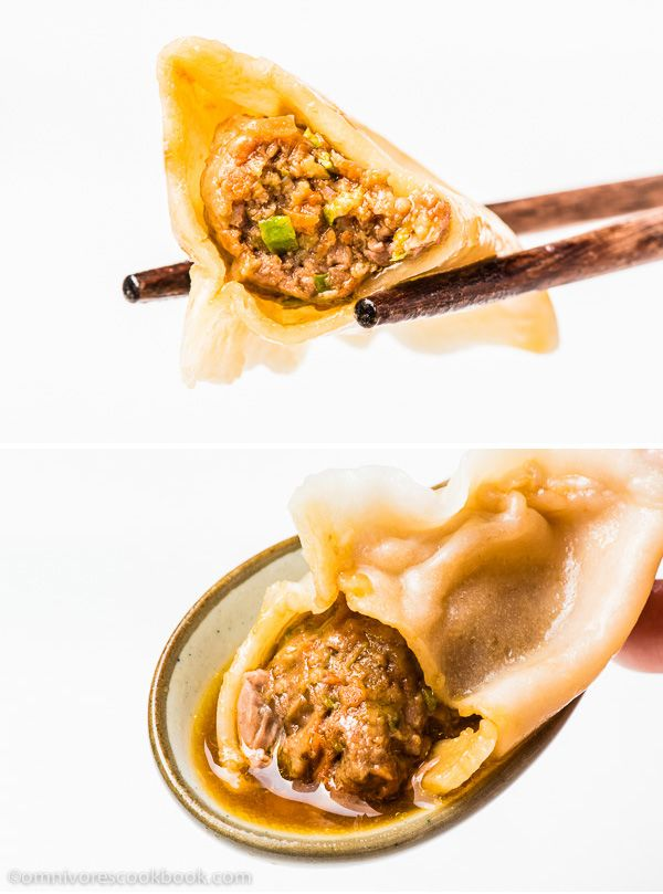 Mom's Best Lamb Dumpling - These soupy lamb dumplings are irresistible! The recipe can be used for cooking boiled dumplings and potstickers | omnivorescookbook.com