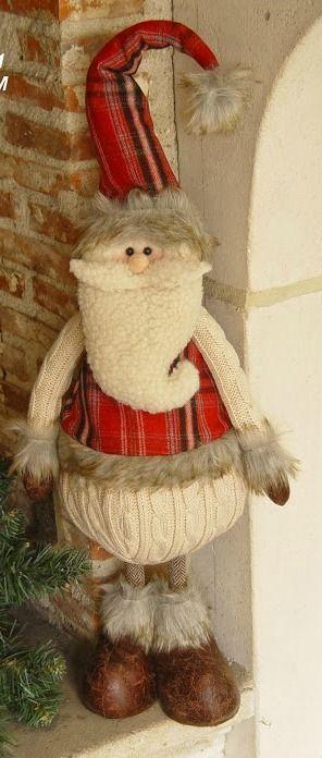Père Noël peluche debout