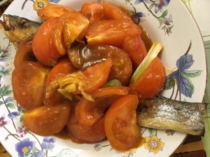 Steamed minced pork and pickled vegetables.