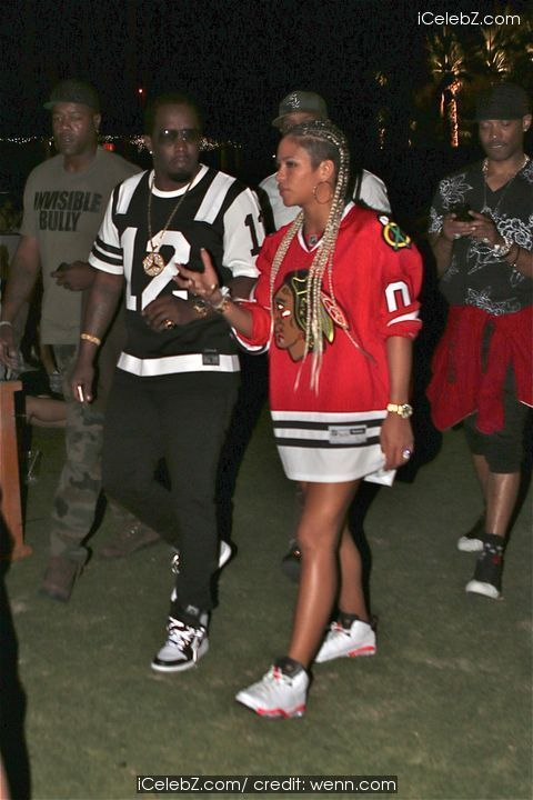 Puff Daddy Celebrities spotted at the annual Coachella Valley Music and Arts Festival http://www.icelebz.com/events/celebrities_spotted_at_the_annual_coachella_valley_music_and_arts_festival/photo28.html