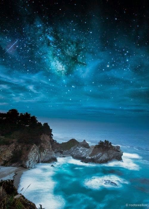 #letyourcolorout Lovely starry night near the ocean. (scheduled via http://www.tailwindapp.com?utm_source=pinterest&utm_medium=twpin&utm_content=post1996357&utm_campaign=scheduler_attribution)