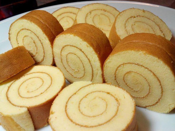 簡單做蛋糕捲,可以塗上任何喜歡的抹醬。可當午茶點心,學生同樂會甜點等,製作方便快速。