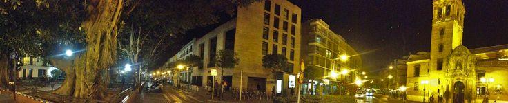 https://flic.kr/p/RCS1dQ | Iglesia parroquial de san Pedro, en la plaza del mismo nombre | A la izquierda la plaza de san Pedro, con sus árboles centenarios, al frente, en la esquina de la manzana, el Colegio de Arquitectos, y a la derecha la iglesia de san Pedro.