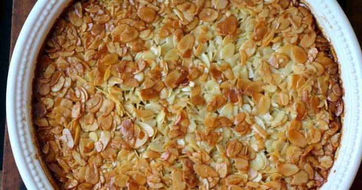 Mandeln gehört zu Portugal. Tarte de amêndoa, ein portugiesischer Mandelkuchen ist eine Möglichkeit die Mandeln zu verarbeiten.