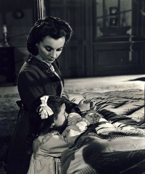 Unseen footage vivien leigh as scarlett o 39 hara with for Who played scarlett o hara in gone with the wind