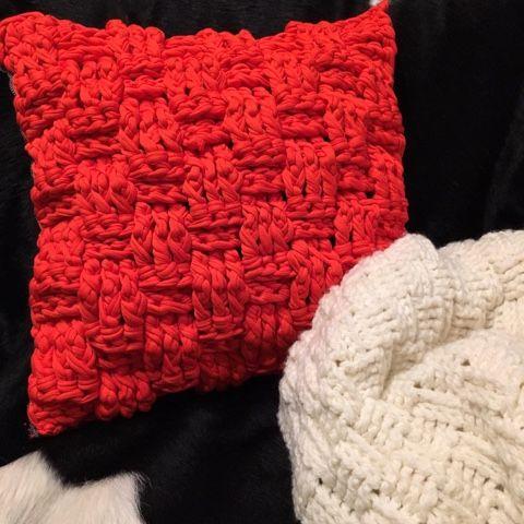 毛糸ズキ!: 【無料編み図】かぎ針で編む バスケット模様のブランケット(おくるみ・ひざかけ)