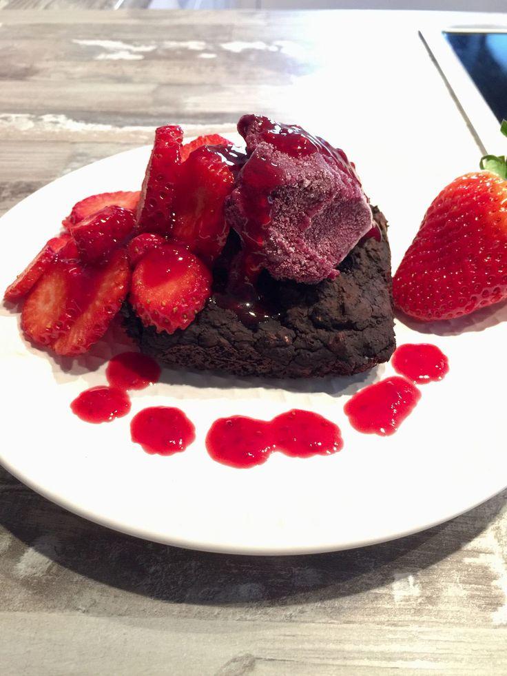Brownie aus Kidneybohnen, super gesund und low-carb, natürlich zuckerfrei!