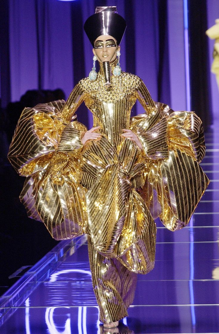 """""""And from the tombs of Egypt is King Tut's wife in all her finery.""""... Galliano TheDinaCollection YossiDina"""