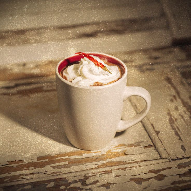 Wanna raise a few degrees and get hot under the collar over some chocolate? Try our latest recipe, the Hot Cha Cha Chocolate @ http://neverhi.de/tpy9