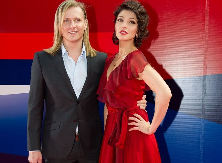 Самые красивые звездные пары России — ТОП 15: рейтинг знаменитых пар