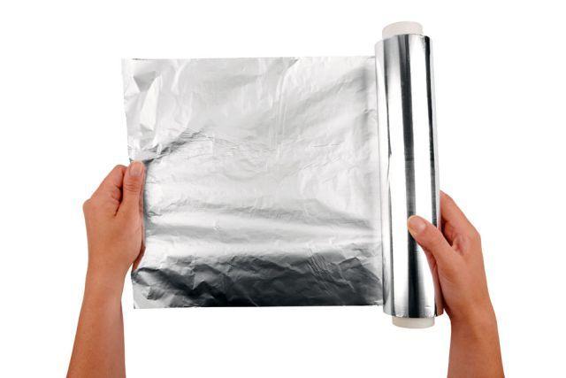Používate alobal iba pri pečení a grilovaní? Chyba! 9 prekvapivých spôsobov, ako ho využiť INAK | Casprezeny.sk