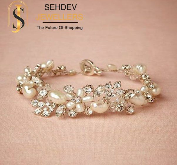 Adorn this classic #pearl #diamond #bracelet from http://www.sehdevjewellers.com/ #jewelry #moti #fashion #style #beauty #elegant #fascinating