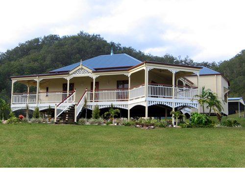 Another heritage colour scheme exterior pinterest for Queenslander style home designs