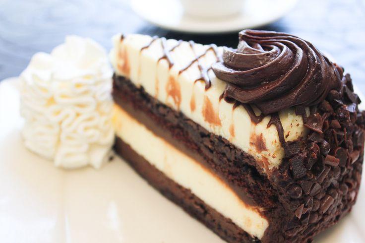 Cake And Cream Factory