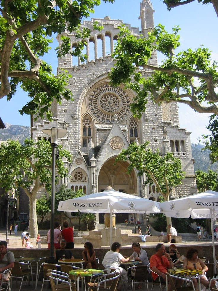 Soller, Mallorca, España. Home town of my grand grand father....