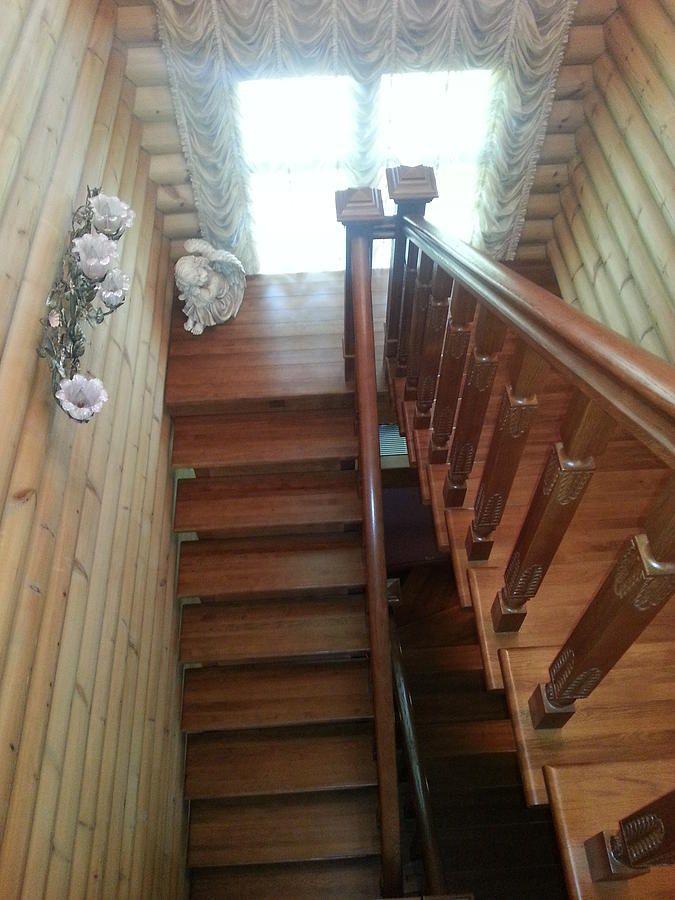 Деревянные лестницы   Лестницы на заказ   Москва http://www.wood-digital.com/#!Дубовая лестница в деревянном доме/zoom/cbc9/image_n7i